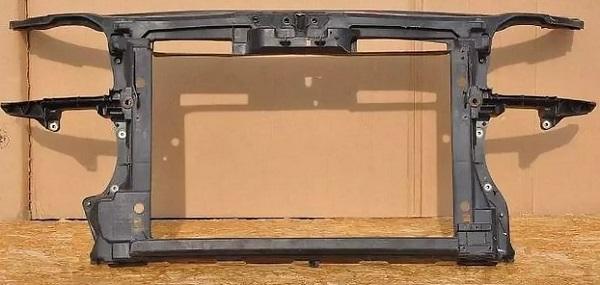Фото телевизора под капот от легковушки