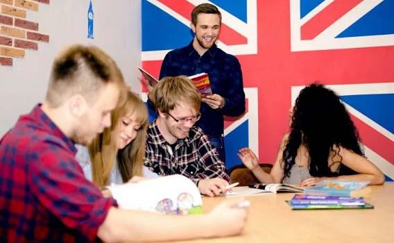 Обучение английскому языку в группе фото